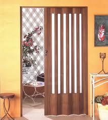 Portas sanfonadas