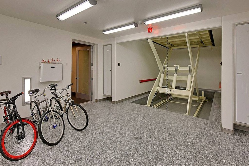 bicicletário em casa de luxo
