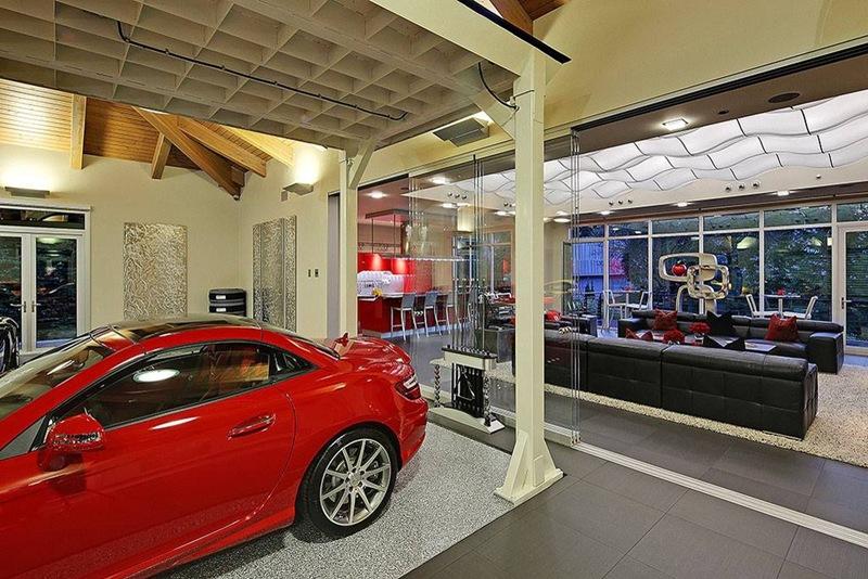 casa de luxo com garagem e sala de estar