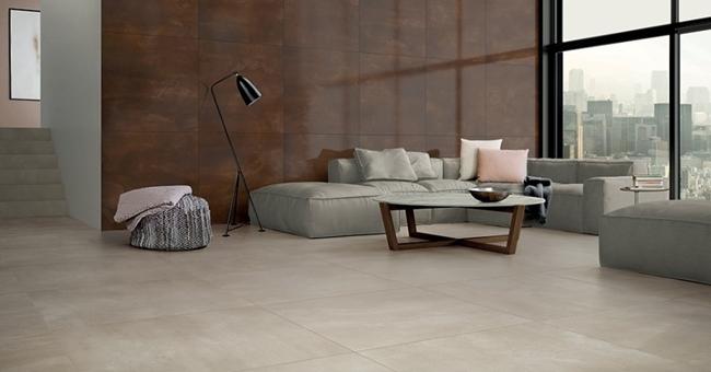 placas de porcelanato tamanho grande no piso e na parede