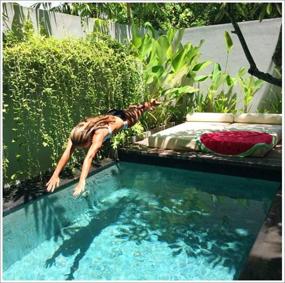 50 modelos piscina pequena para inspirar sua reforma ou for Ideas de piscinas economicas