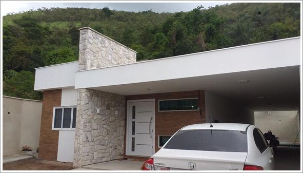 Fachada frontal da casa Fortaleza construída com modificações - Cliente 1